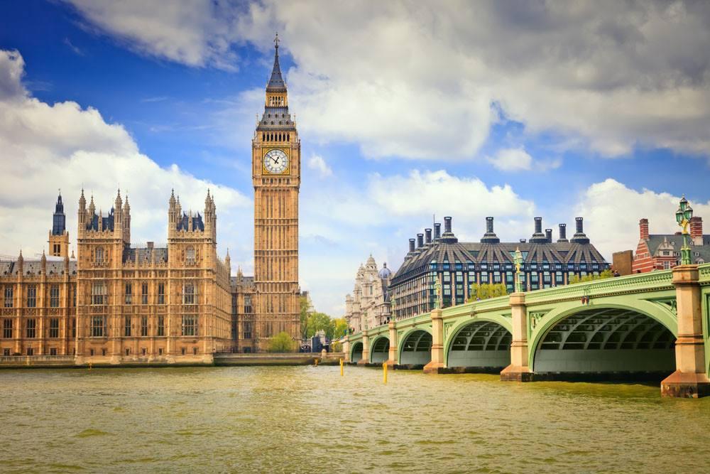 留学英国的学生注意了:留学签证时间延长了!