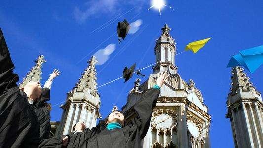 英国留学生活衣食住行该如何省钱!