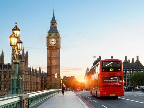 2020年:英国留学入境材料及程序介绍