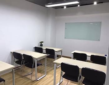 西诺教育转塘校区培训课室